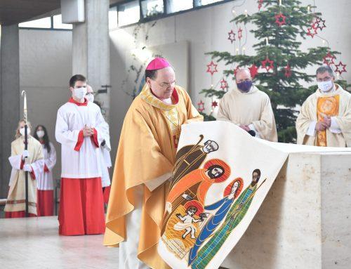 Gegenteil von Weihe: Bischof Bertram profaniert St. Martin