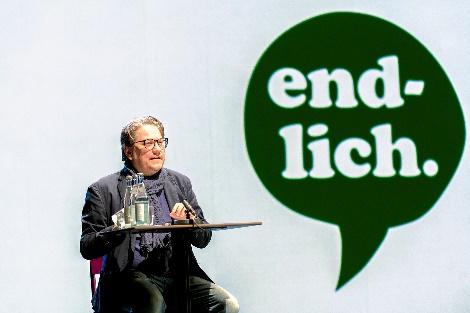 Intendant André Bücker, endlich